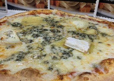 Pizza-cuatro-quesos-valencia